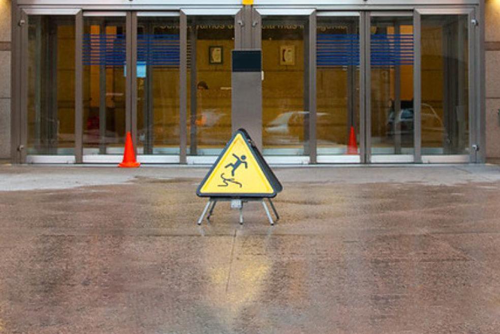 el Corte Ingles realitza prevencio de riscos laborals a escodi