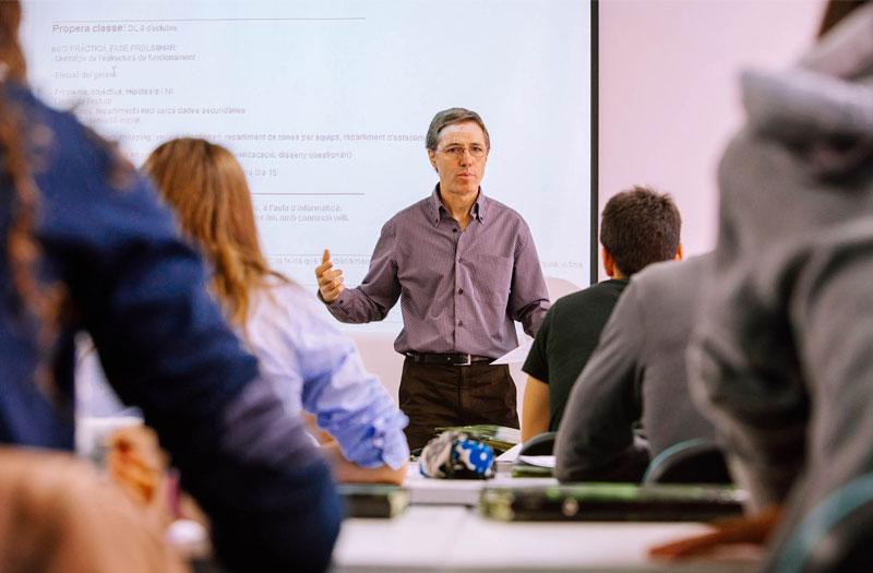 escodi-professors-amb-exelent-perfil-academic