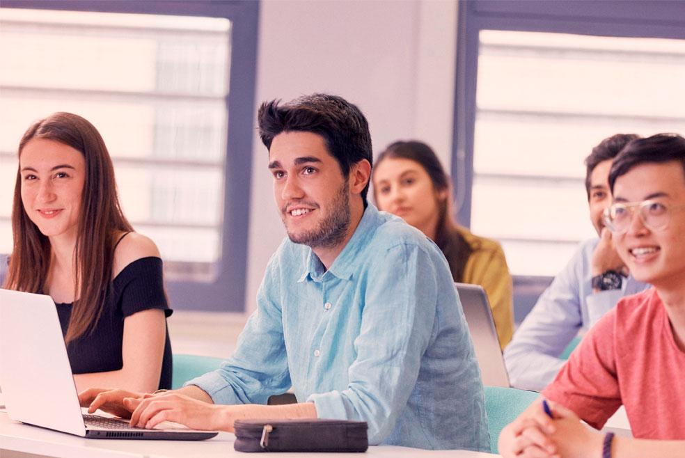 La ESCAC y la Escola Pia de Catalunya nuevos patronos de ESCODI