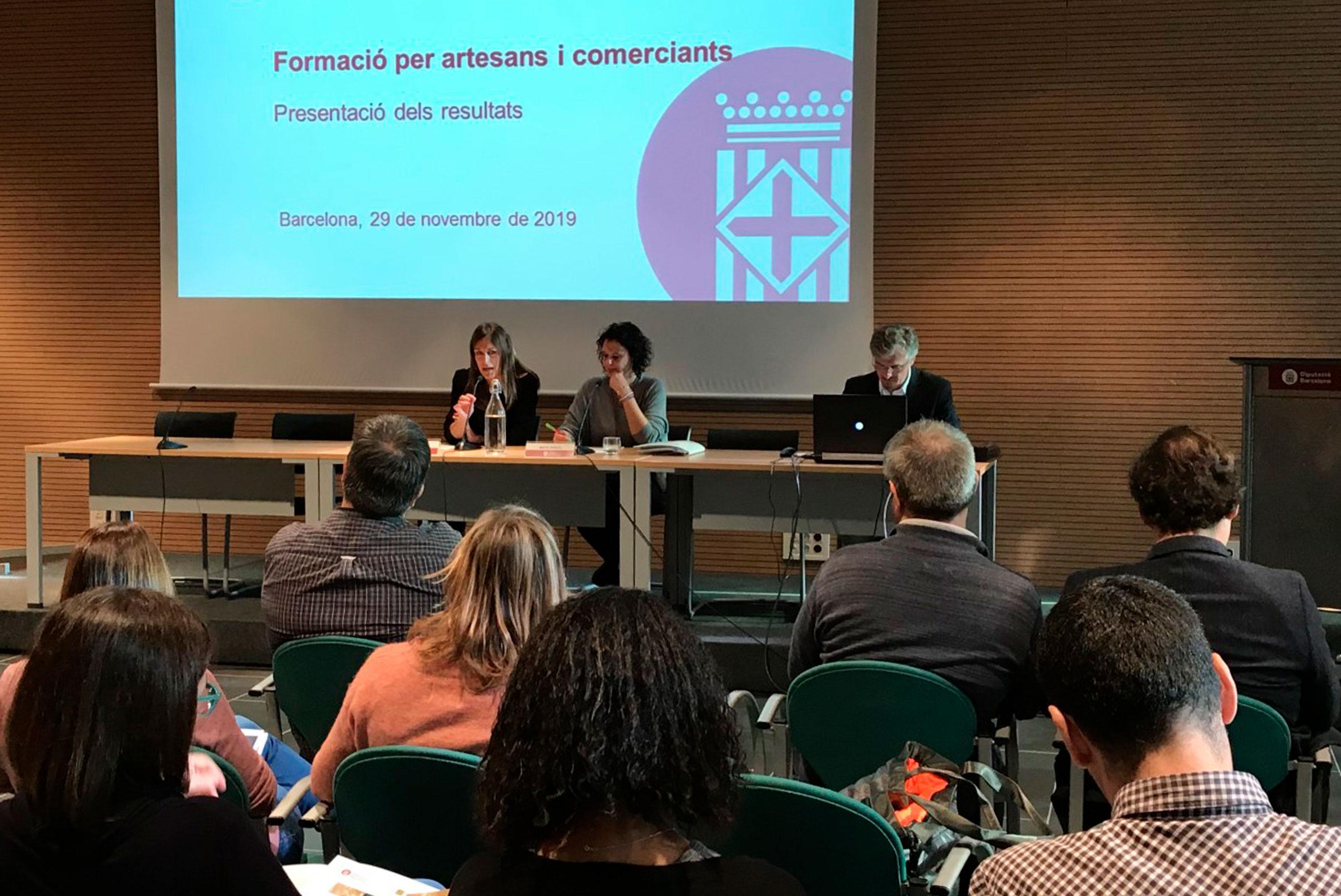 Escodi dirige el primer programa europeo Coop'art de la Diputación de Barcelona.